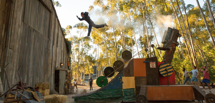 Johnny Knoxville's 5 craziest stunts before Action Point