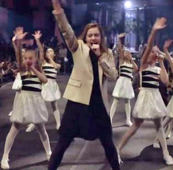 Greta Gerwig stars in live, Spike Jonze-directed music video
