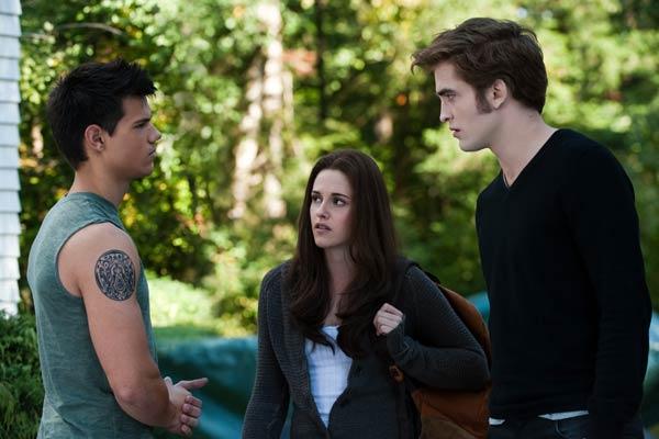 Taylor Lautner, Kristen Stewart, Robert Pattinson as Jacob, Bella and Edward in Eclipse
