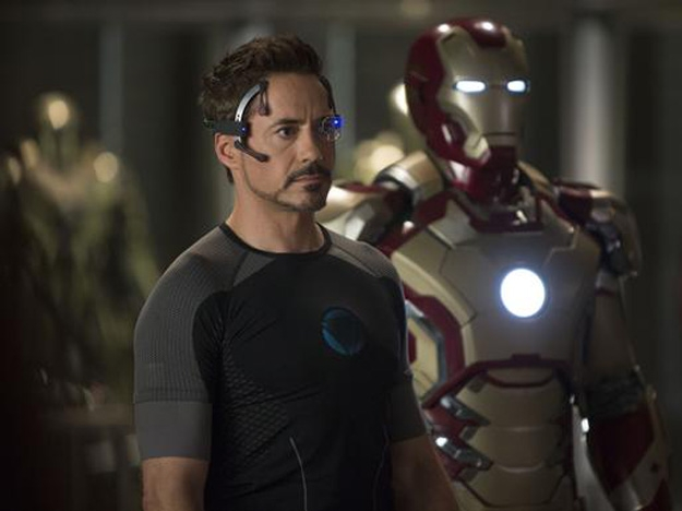 It's official: Robert Downey Jr. signs on for Avengers 2 and 3