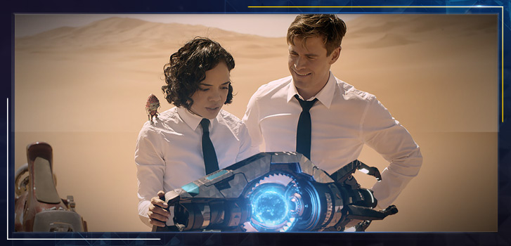 Tessa Thompson on her relationship with Chris Hemsworth, playing a nerd and taking over Men in Black